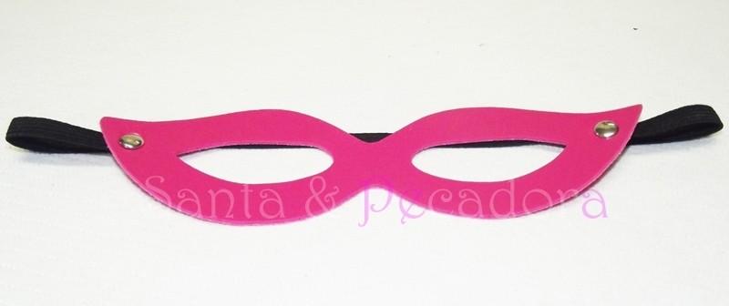 Mascara Feminina Tiazinha de Couro Sintetico